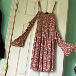 Rue 21 pink and white floral